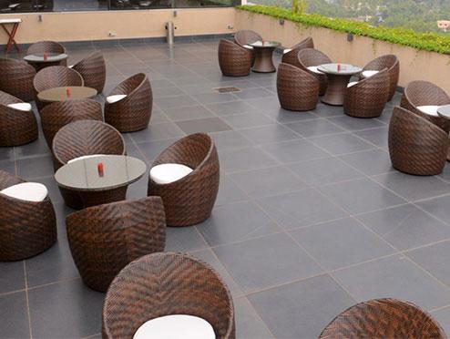 Enjoyable Crowne Plaza Cochin Ernakulam Best Hotels In Cochin Beutiful Home Inspiration Ommitmahrainfo